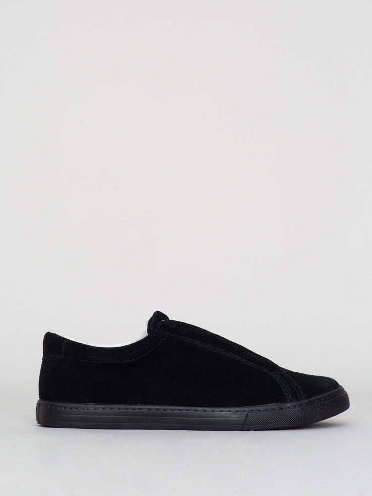 Oak Union Sneaker in Black Suede