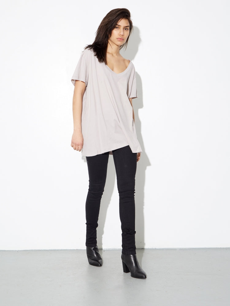 Oak Oversize V Tee In Putty