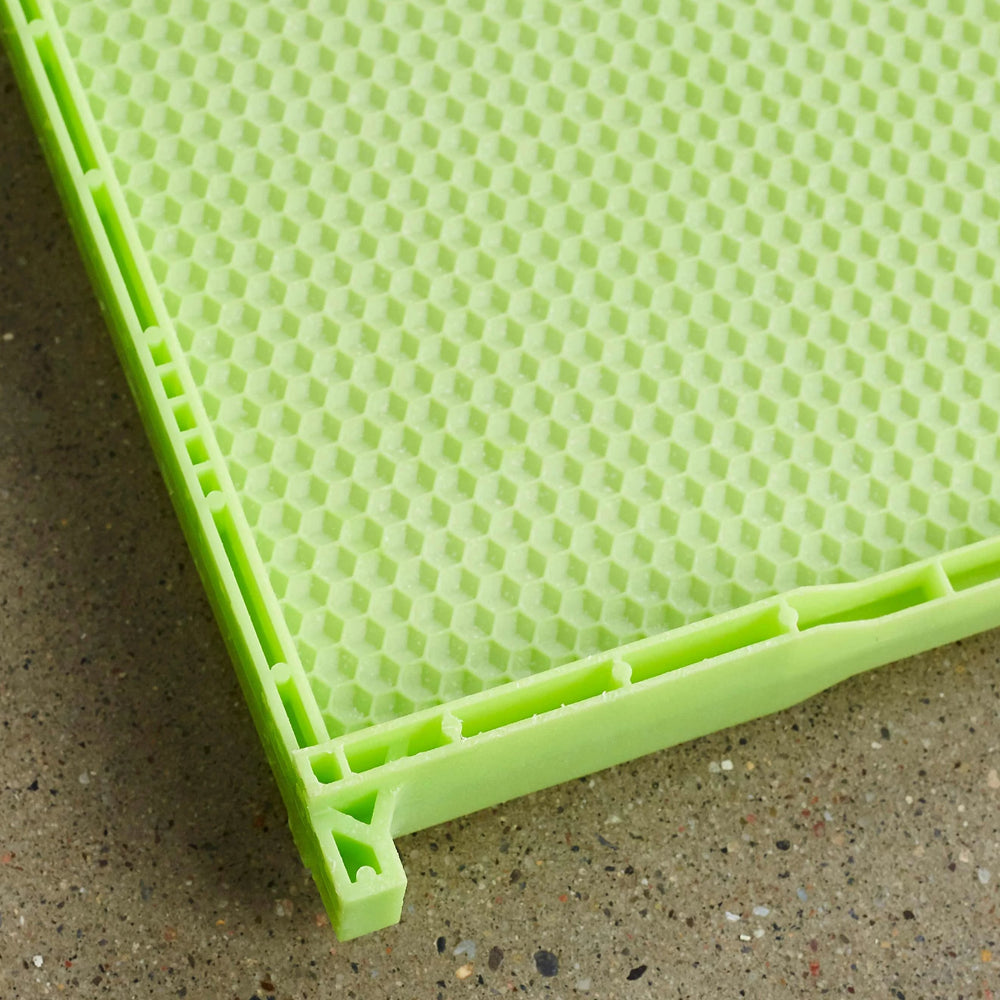"9 1/8"" (Deep) Green Drone Comb - One Piece Plastic Frame"