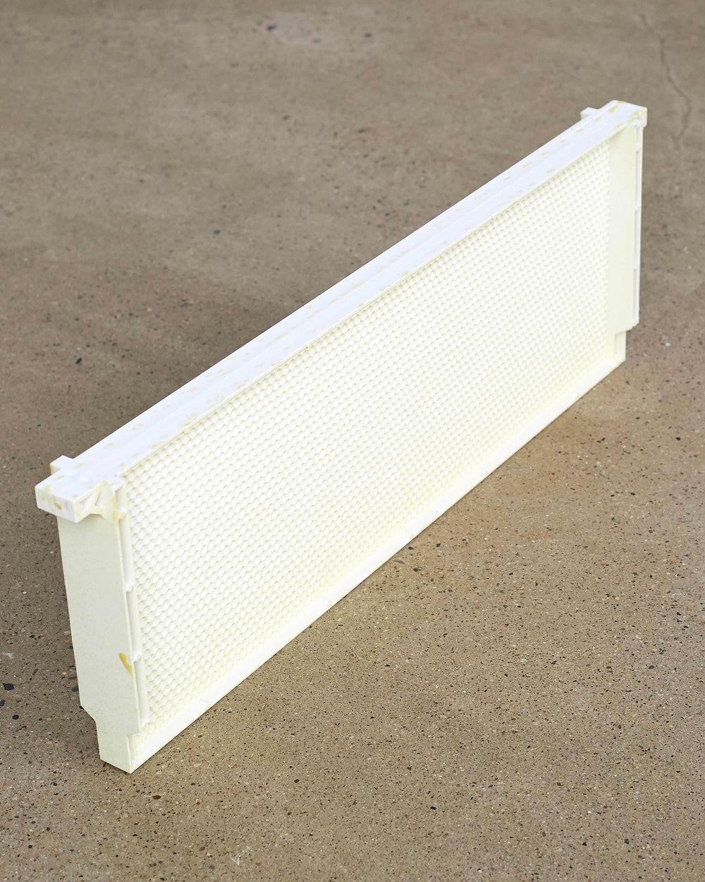 "6 1/4"" (Medium) White One Piece Plastic Frame"