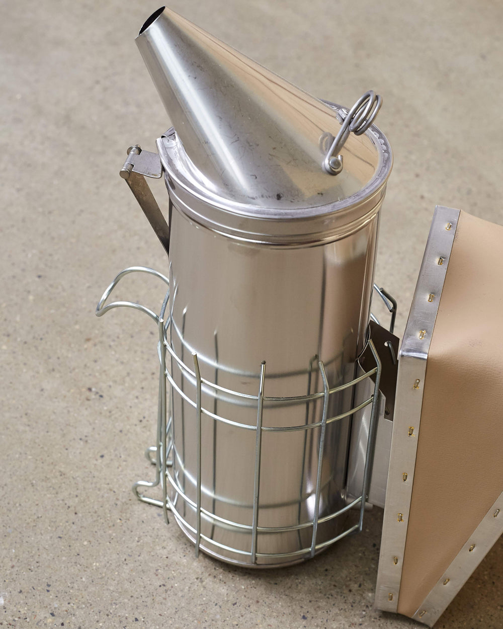 4 x 10 Stainless Steel Smoker w/shield - Dadant