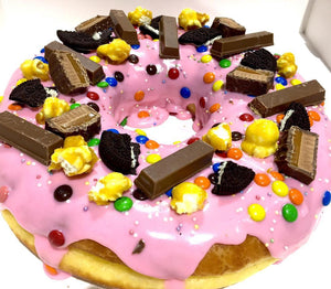 GIANT DONUT CAKE PARTY MIX