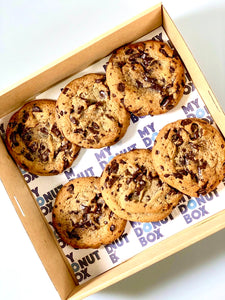 6 Pack Chocolate Chip Cookies