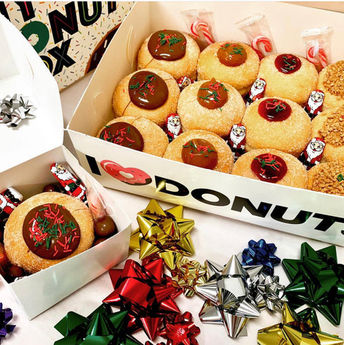 CHRISTMAS GIFT BOX - 12 PK FILLED DONUTS