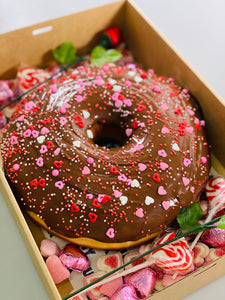 GIANT LOVEABLE NUTELLA DONUT CAKE GIFT BOX