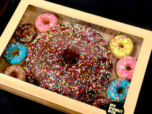 Load image into Gallery viewer, GIANT DONUT CAKE PARTY PACK GIFT BOX