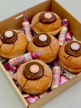 Load image into Gallery viewer, LOVE NOTE DONUT 5 PACK GIFT BOX
