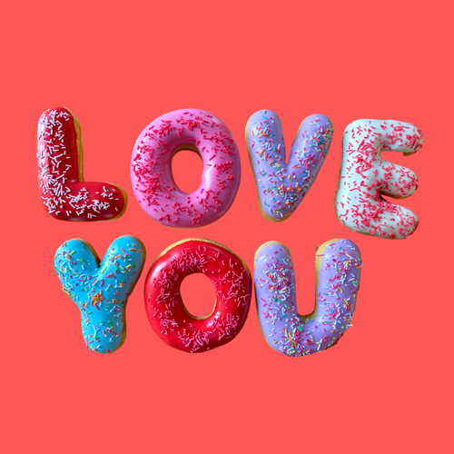 'LOVE YOU' DONUT MESSAGE