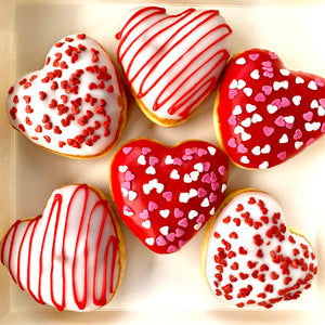 6 PACK JAM FILLED HEART SHAPED DONUTS