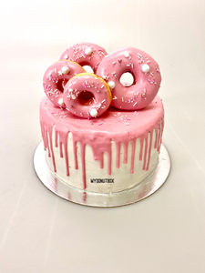 OH SO PINK DONUT CAKE