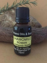 Load image into Gallery viewer, chamomile roman essential oil
