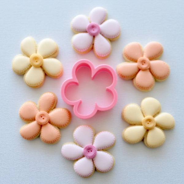 Cute Flower Cutter (Miss Biscuit)