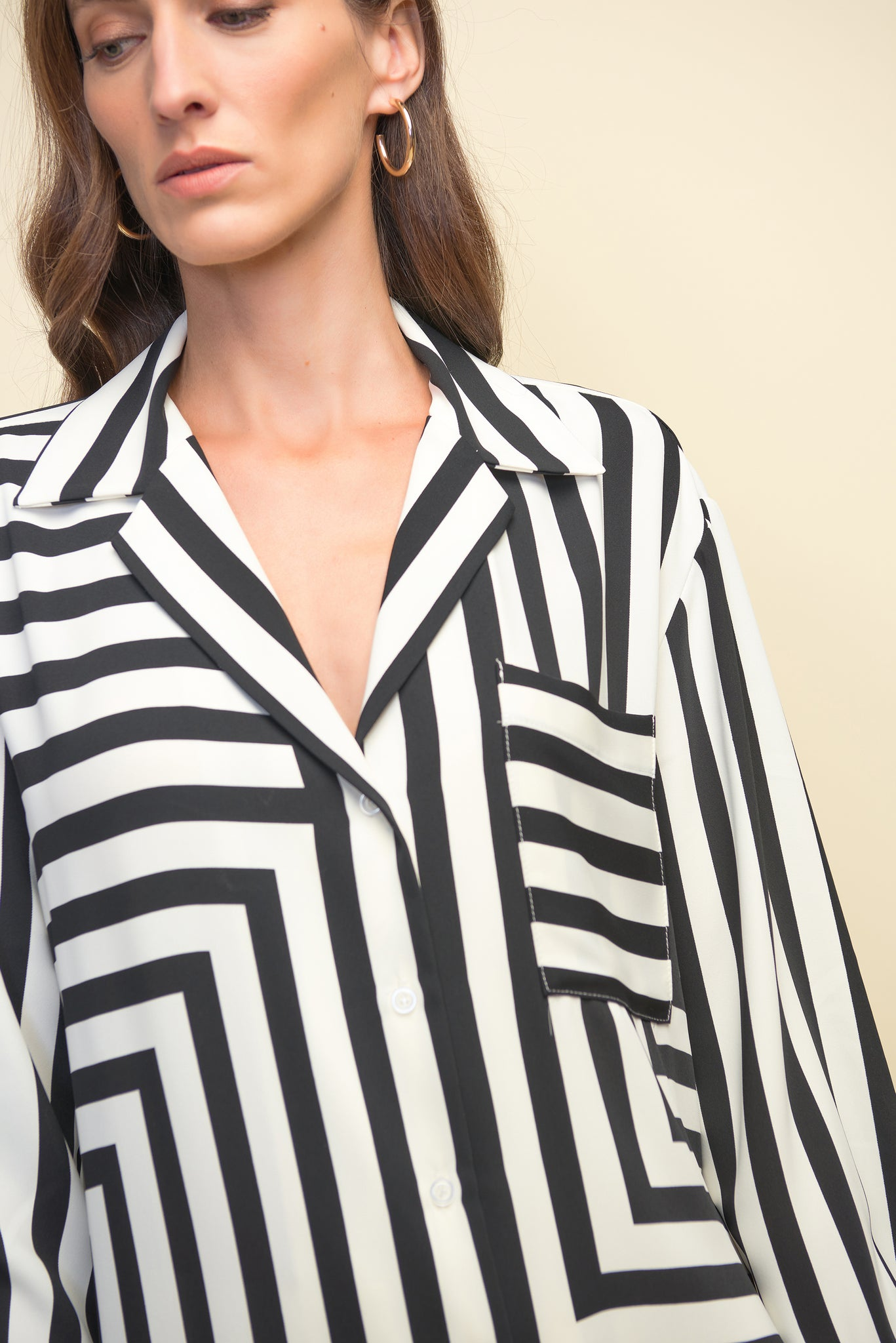 STRIPE TO STYLE BUTTON-UP