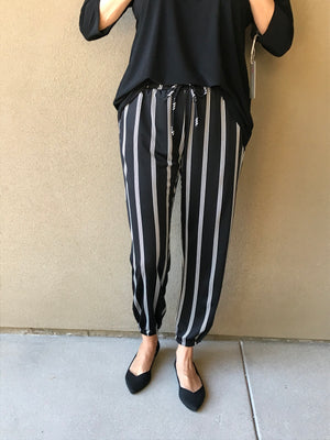 LINE IT UP STRIPE JOGGER