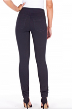 Load image into Gallery viewer, Black Slimming Mid-Rise Love Denim by FDJ