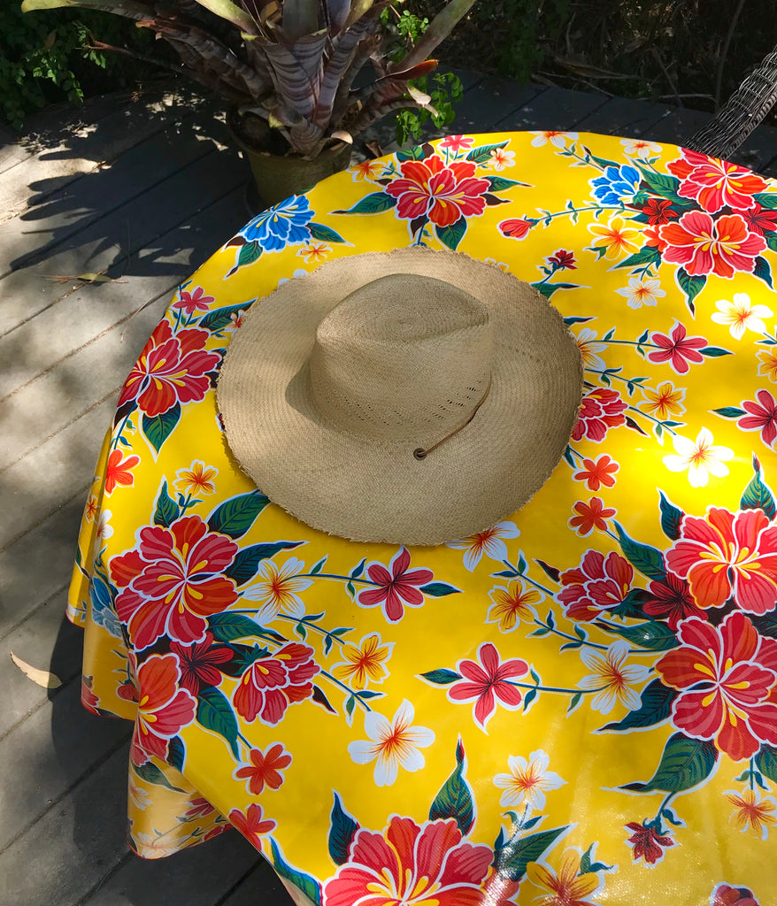 "Hibiscus Yellow 68"" Round Tablecloth"