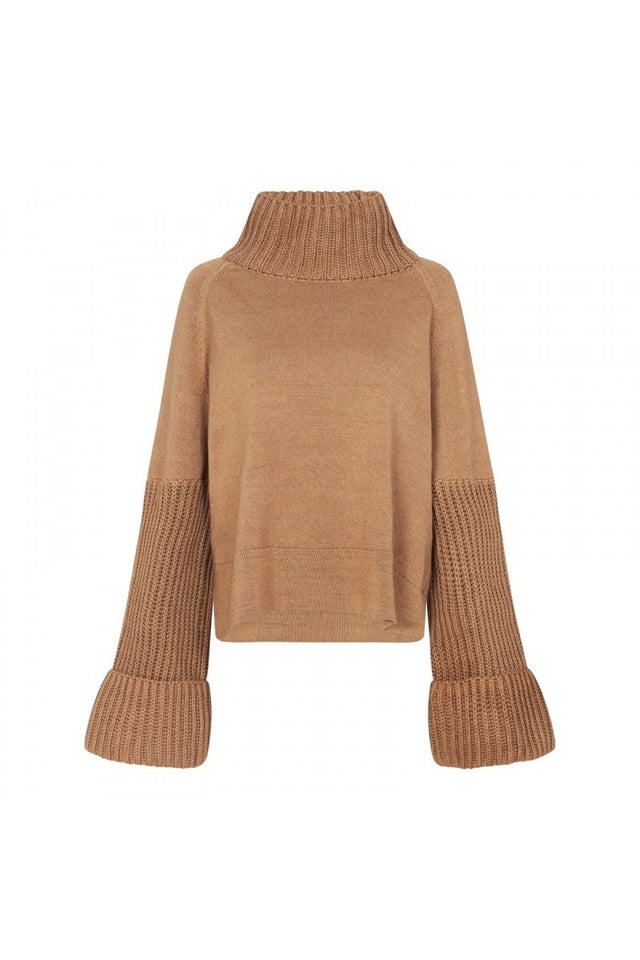 Turner Turtleneck