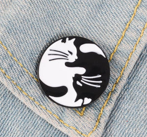 CAT BALANCE PIN 🐈🐈 - Busy Bee Emporium