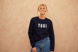 Yogi embroidered sweatshirt Navy Blue // White