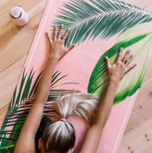 Load image into Gallery viewer, Eco friendly Yoga Mat: Botanical Pink 3,5 mm thick