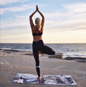 Eco friendly Yoga Mat: Marble Black 3,5 mm thick