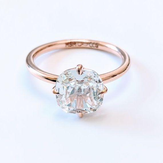 A 64Facets diamond ring, which was designed as an engagement ring, inn an old-mine cut and in 18K rose gold.