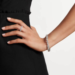 Scallop Diamond Tennis Bracelet (5.75 Carat) in White Gold