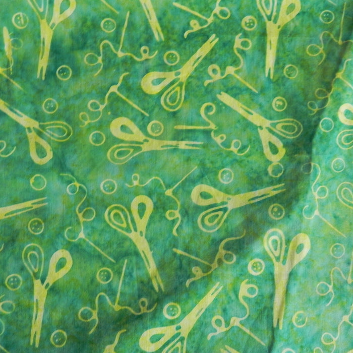 Cotton Batik - Green Sewing Notions - 1/4m