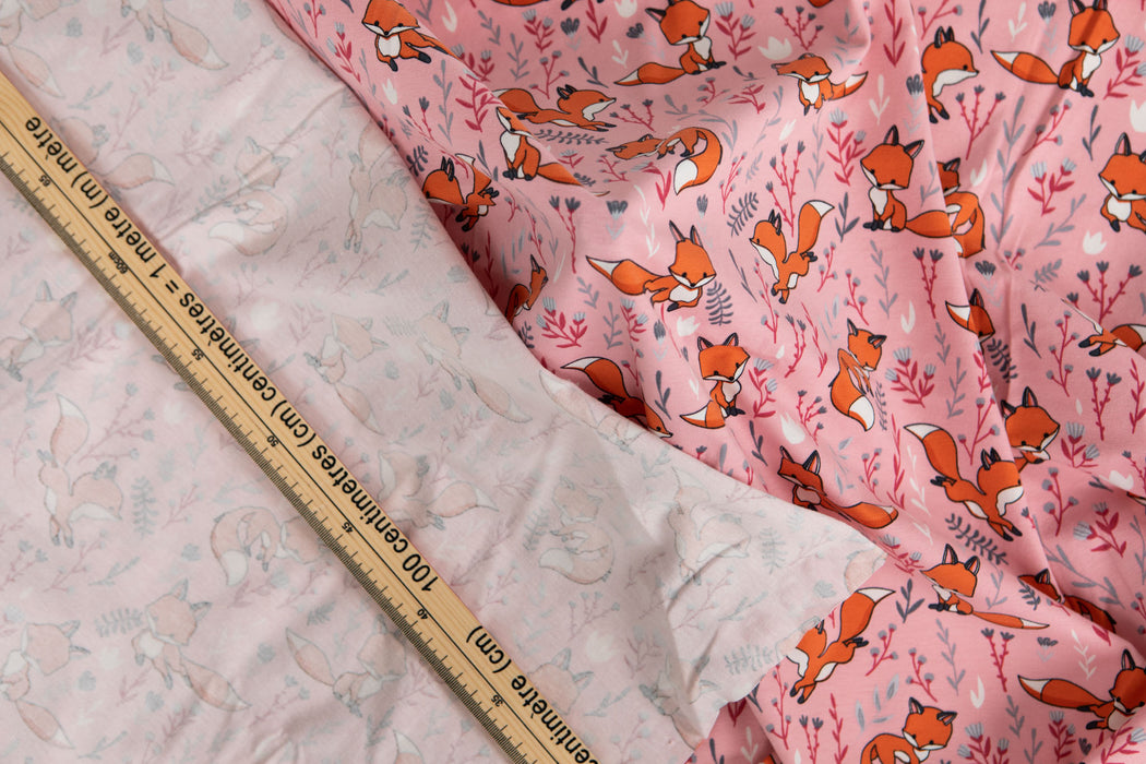 Printed Jersey - Foxes on Coral Pink - 1/4m