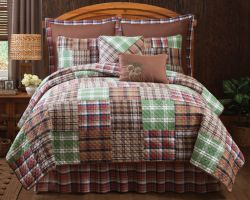 Lodge Plaid Quilt