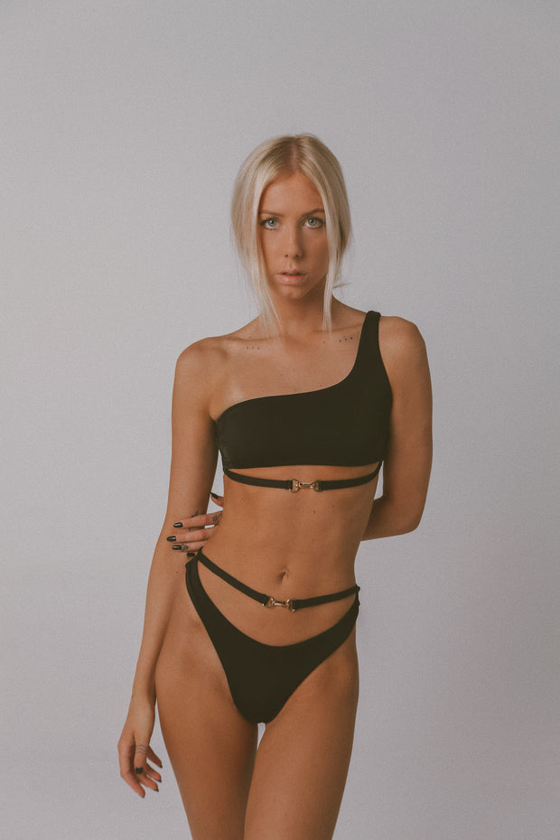 BUCKLE UP CHEEKY BIKINI BOTTOM BLACK