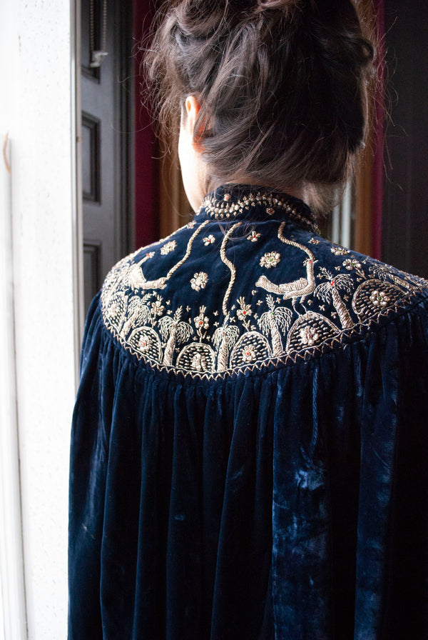 1920's Embroidered Silk Velvet Cape