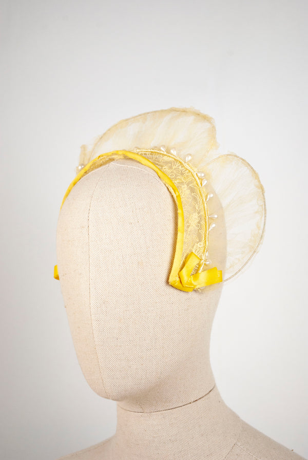 1930's Scalloped Net Crown
