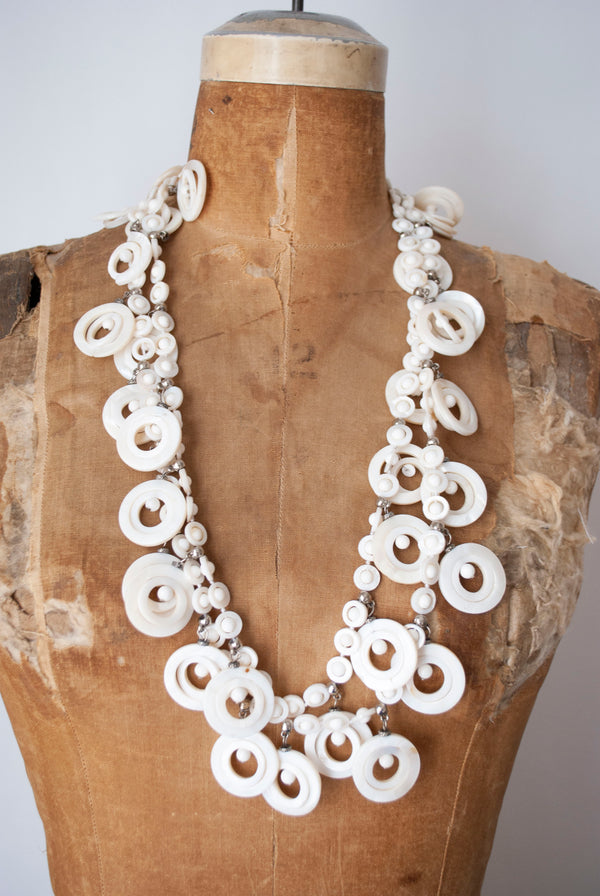 1960's Roundel Shell Necklace