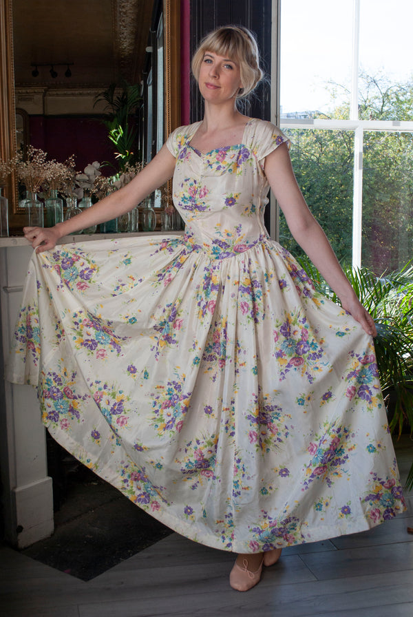 1940's Printed Taffeta Dress