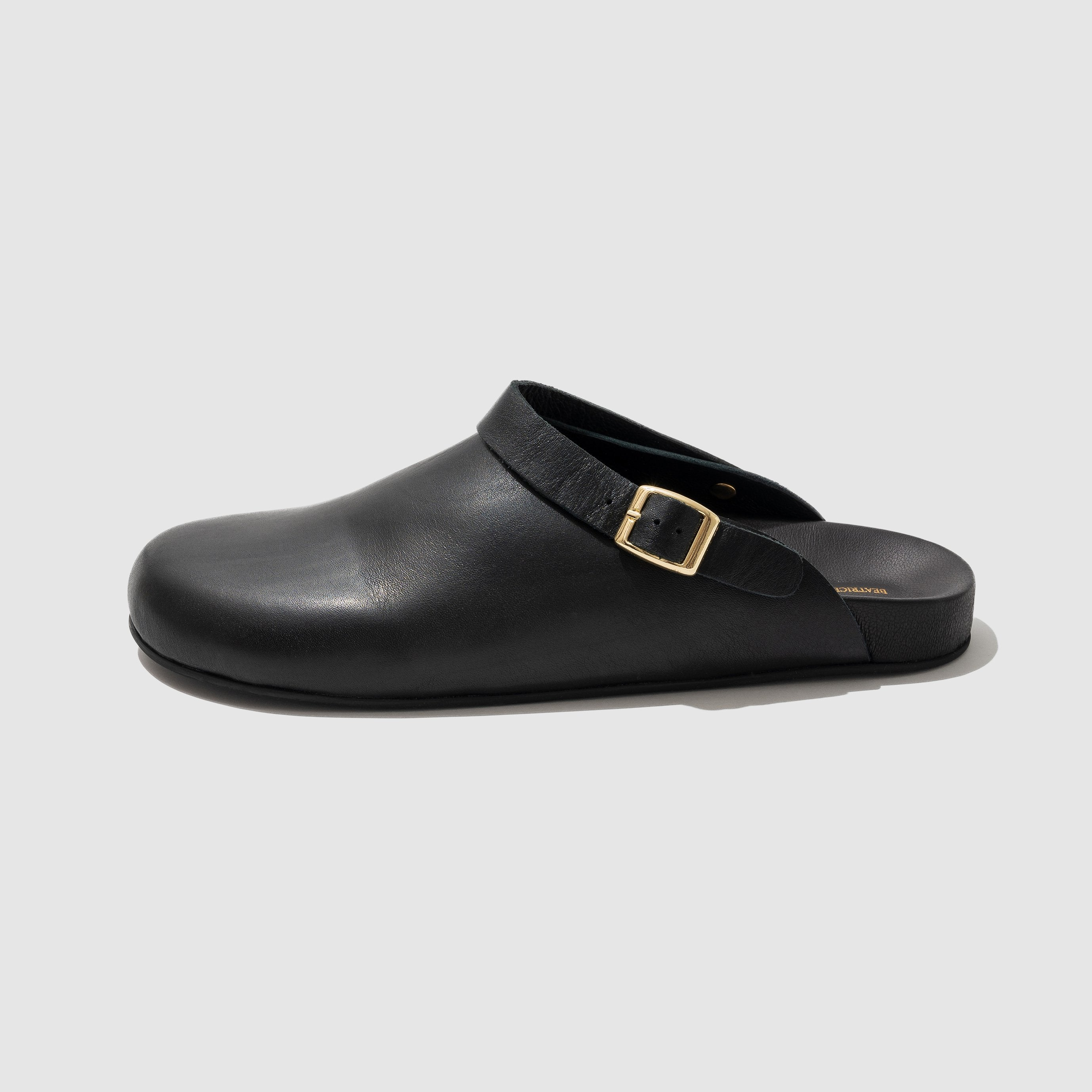 SHOES - BLACK CLOG