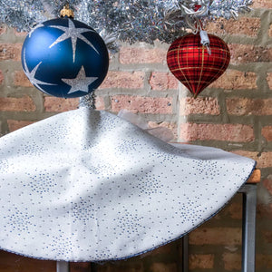 "24"" Small Snowflake Reversible Christmas Tree Skirt 