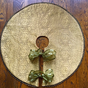 "24"" Elegant Reversible Tabletop Christmas Tree Skirt 