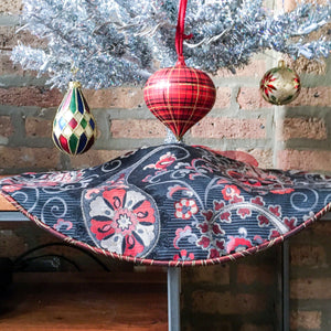 "24"" Blue, Red, Silver Paisley Tabletop Christmas Tree Skirt 