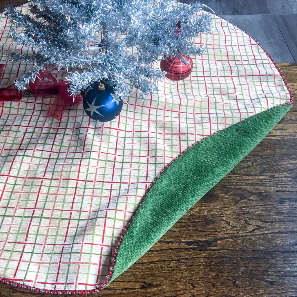 "48"" Windowpane Plaid Contemporary Beaded Christmas Tree Skirt 