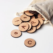 Load image into Gallery viewer, Wooden Alphabet Discs