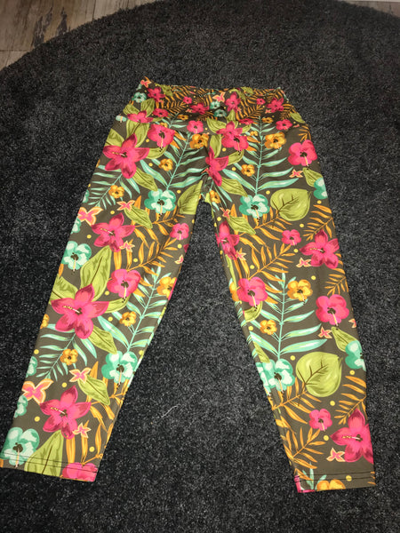 Flower print yoga 3/4 leggings Size - L