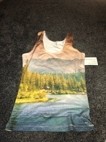 National park mountains tank top/vest too sized -M