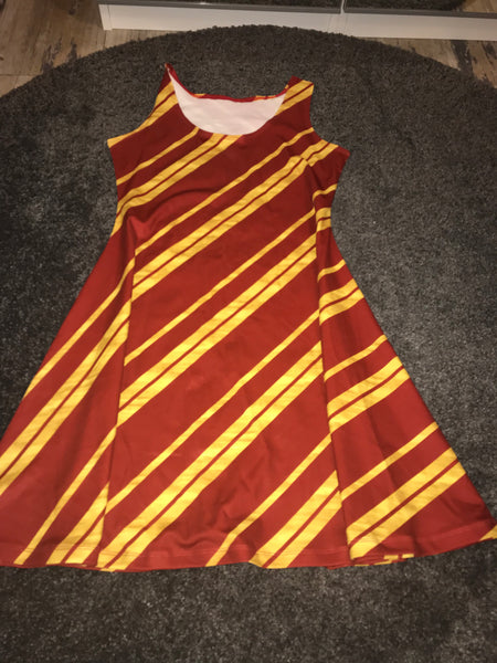 Sleeveless dress size -L