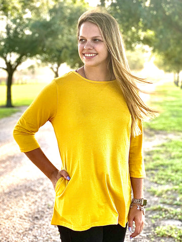 Tunic with pockets in Yellow!