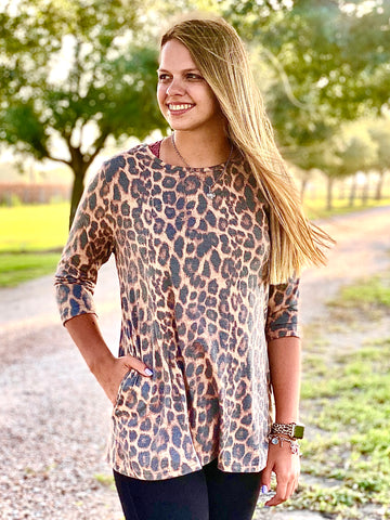 Tunic with pockets in Vintage Leopard!