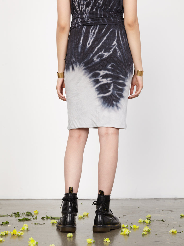 products/Y73-1588TD-CHARCOAL_Charcoal_Tie_Dye_Jersey_Tube_Skirt2136.jpg