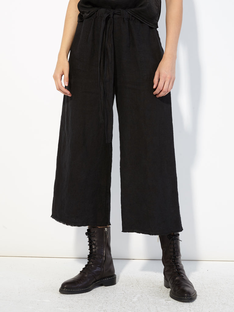 products/Y83-_6895_Linen_Cropped_Pajama_Pant_Black_971.jpg