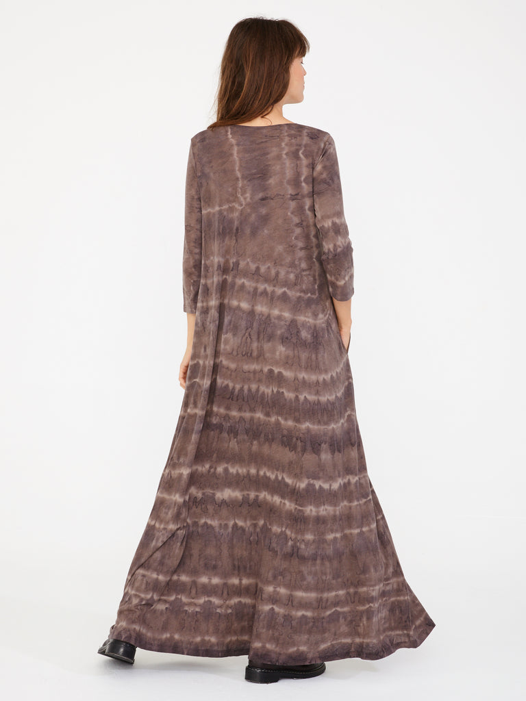 products/Y86-_1639TD_Signature_Jersey_Drama_Maxi_Dress_Bobcat_Tie_Dye_0056.jpg
