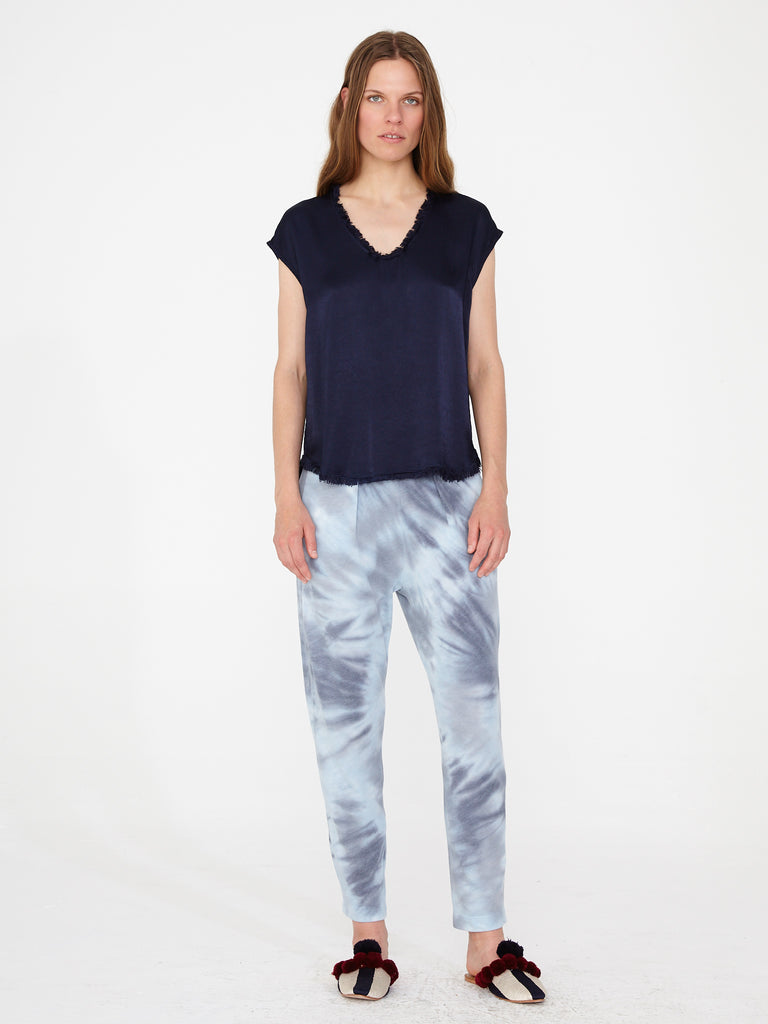 products/Y93-6917_Pebble_Satin_Shell_Top_Indigo_1961.jpg